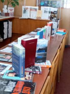 """У рамках проєкту """"Військо читає"""" книги отримав Військовий інститут телекомунікацій та інформатизації імені Героїв Крут"""