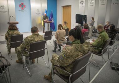 Військо читає: ВІТІ  ім. Героїв Крут отримав понад 600 книжок