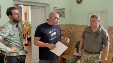 Луцький військовий госпіталь отримав книги в рамках програми «Військо Читає»