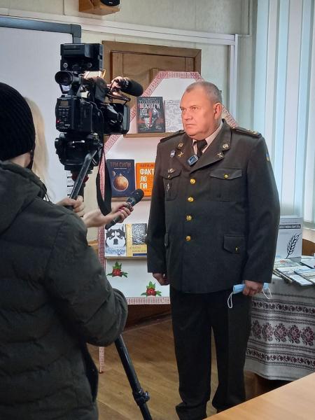 Бібліотека Сержанта. Кременчуцький ліцей з посиленою військово-фізичною підготовкою (фото, відео)