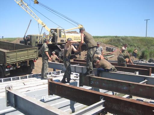 """Збір коштів у рамках програми """"Військо Читає"""" для військової частини Т0110 (залізничні війська)"""